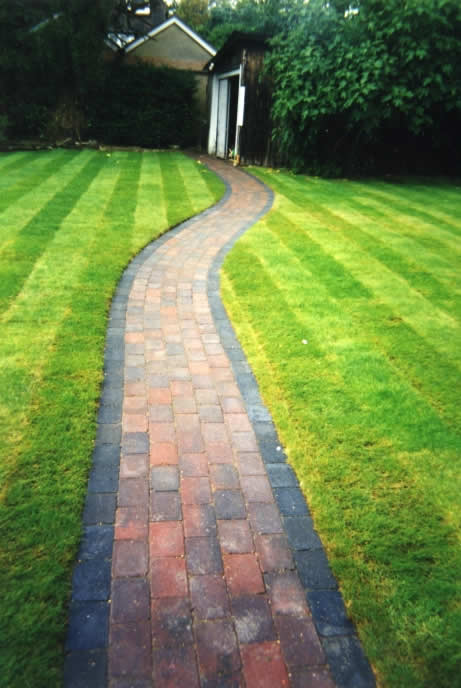 Landscaping gallery first choice driveways creating for Grow landscapes christchurch